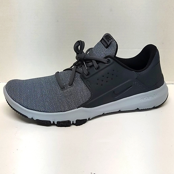 Nike Flex Control Tr3 4e Athletic Shoes